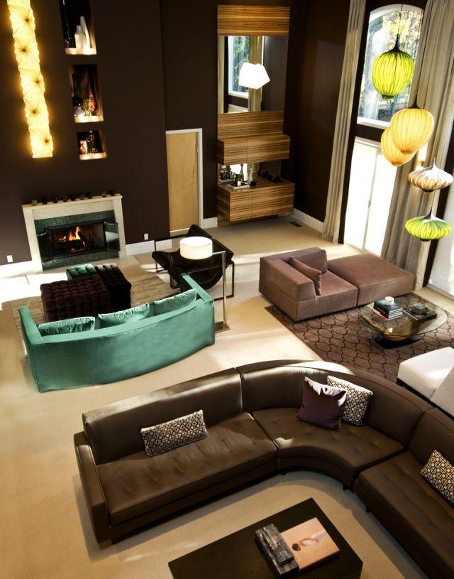 Wohnzimmereinrichtung Braune Mobel Wandfarbe Turkisgruenes Sofa