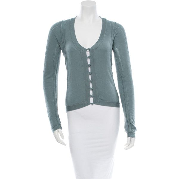 Pre-owned Yves Saint Laurent Cashmere Cardigan ($175) ❤ liked on Polyvore featuring tops, cardigans, blue, yves saint laurent, blue long sleeve top, blue cardigan, blue top und blue cashmere cardigan