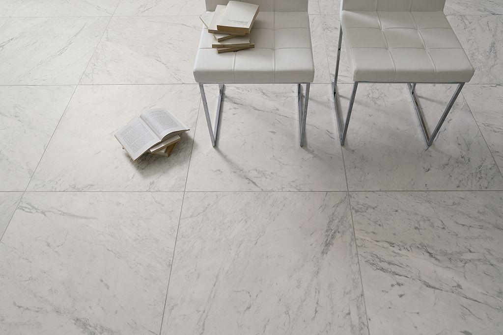 Prachtige Bianca Carrara imitatie in 75x75 (12), Tegelhuys