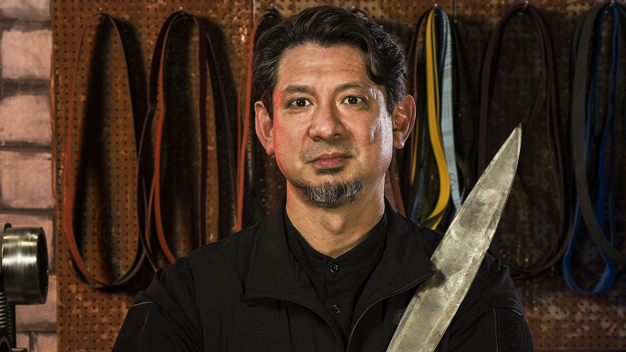 Serie Doug Doug Marcaida Stars In History 39s Series Forged In Fire