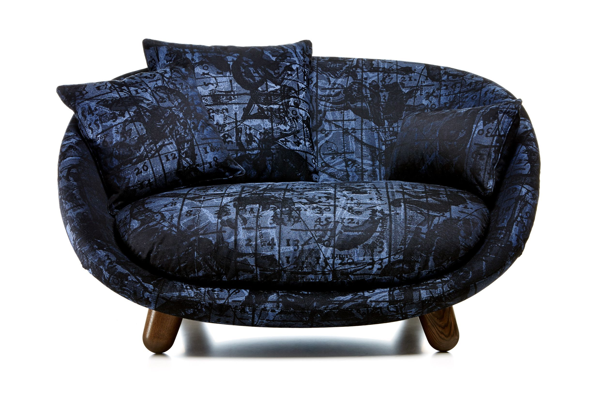 Sleeper Sofas Love Sofa by Moooi
