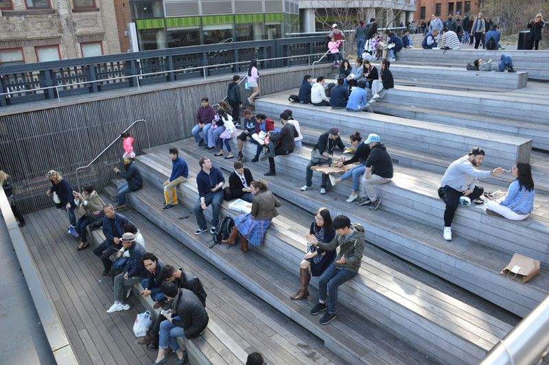 Seating Steps On The High Line At The 10th Avenue Square