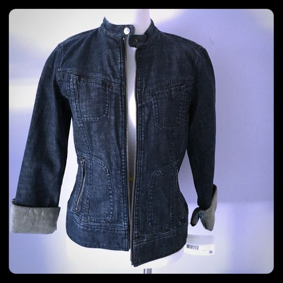 Denim jacket Cute motorcycle styled denim jacket with side zip pockets and printed piping trim Liz Claiborne Jackets & Coats Jean Jackets