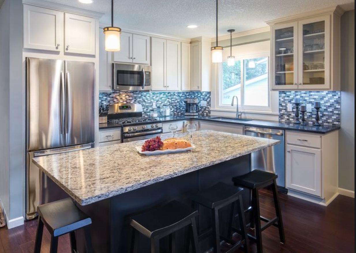 Island In A Small L Shaped Kitchen Kitchen Remodel Layout Kitchen Remodel Small Kitchen Remodel
