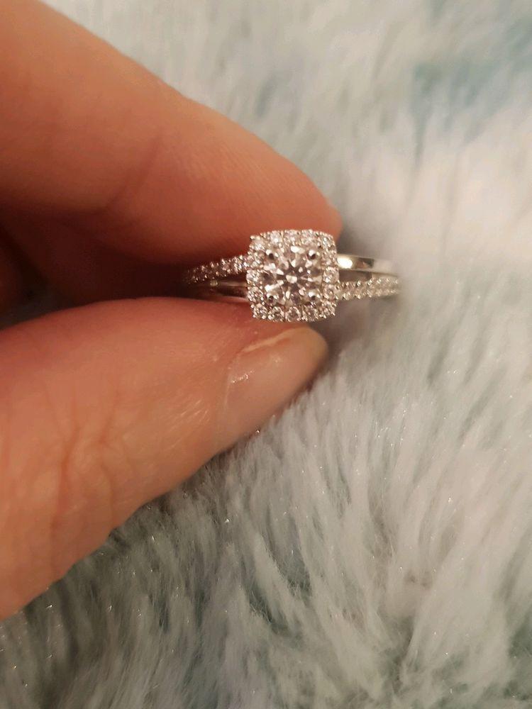 Engagement Rings Engagementrings Rings New Beaverbrooks Platinum And Diamond Halo Engag Engagement Ring Sizes Engagement Rings Halo Diamond Engagement Ring