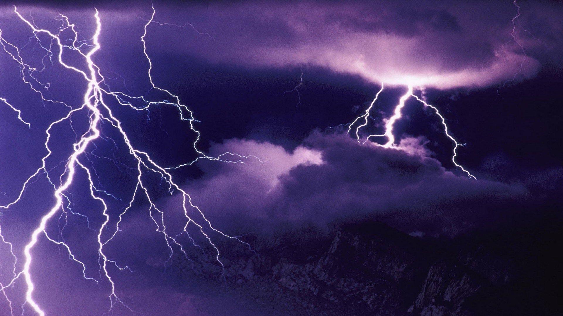 4k lightning wallpapers