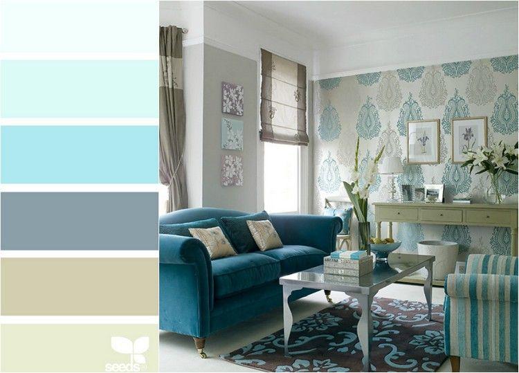 wohnzimmer-türkis-farbkombinationen-blaues-sofa-muster-tapete-beige