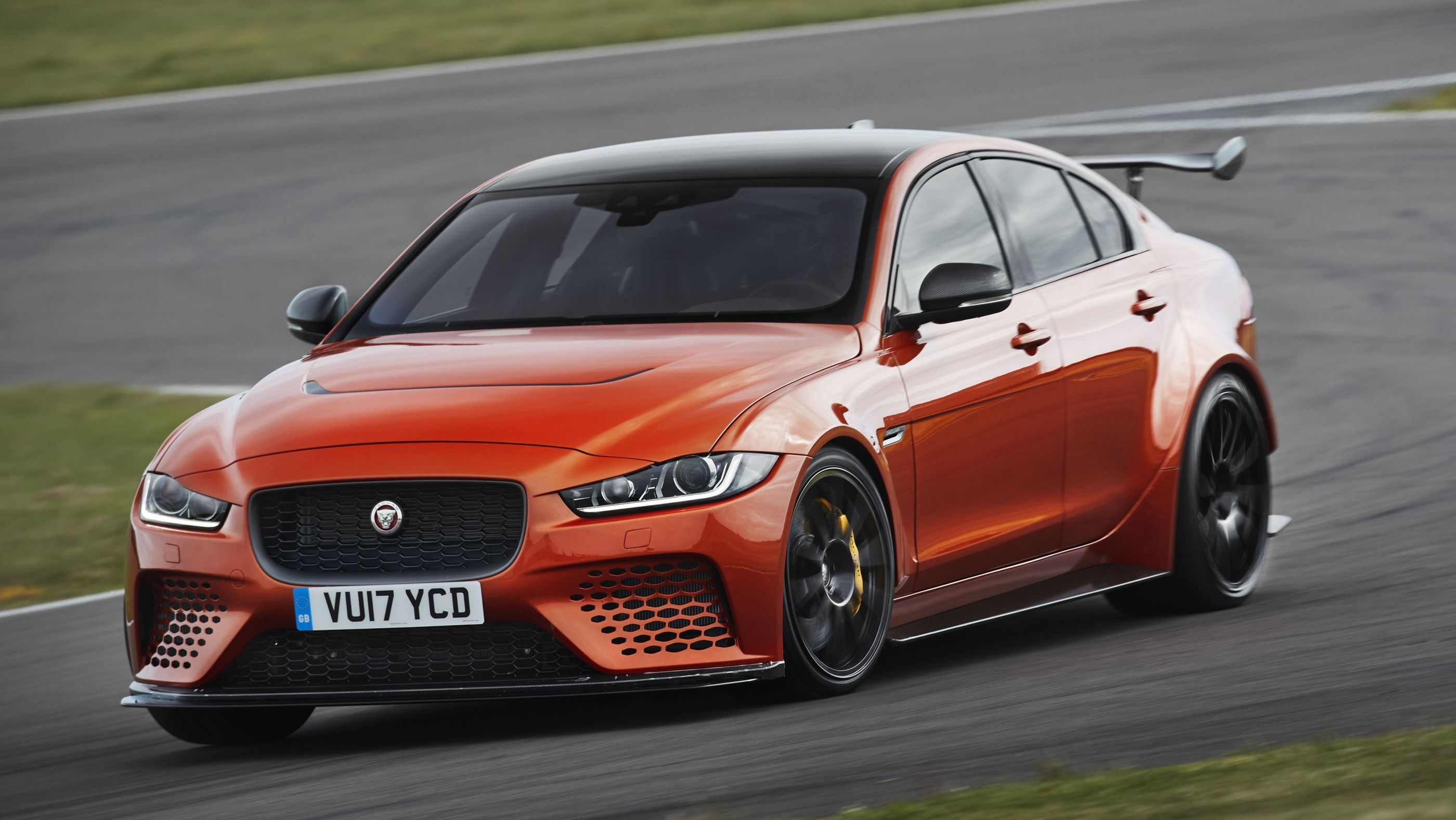 Jaguar Drops Plans For An Xe Svr Leaving The Project 8 As The Only Xe To Sport A V 8 Engine Top Speed Jaguar Xe Awd Sports Cars Jaguar