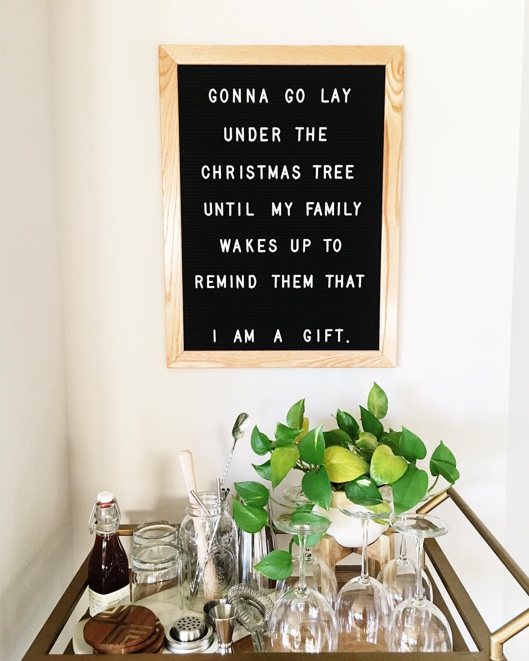 Mom S A Gift With Images Christmas Quotes Funny Letter Board