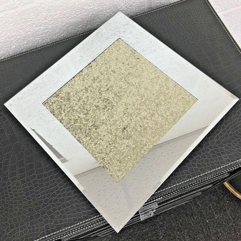Set of 4 Diamond Crush GOLD Place Mats Candle Plates