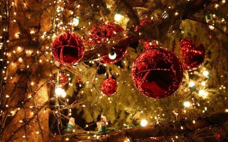 Christmas Light Red Balls Wide Hd Wallpaper Free Beautiful