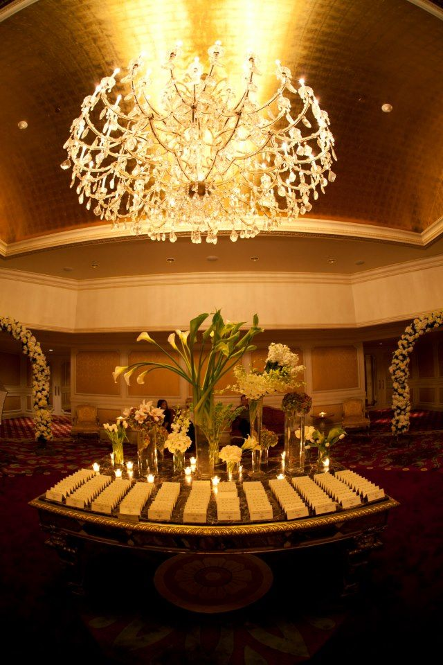 Beautiful Lighting At The Garden City Hotel Lighting Wedding