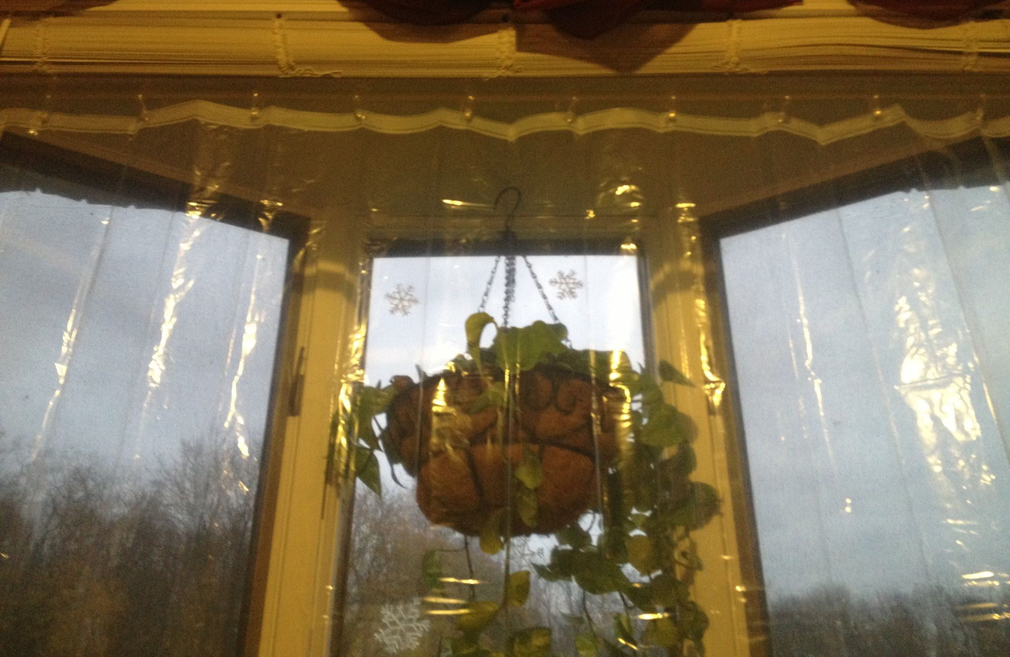 Insulate Your Large Bay Window With An Insulation Curtain Use A