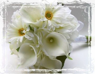 Bridal Bouquet Made With Silk Calla Lilies White Daisey S And