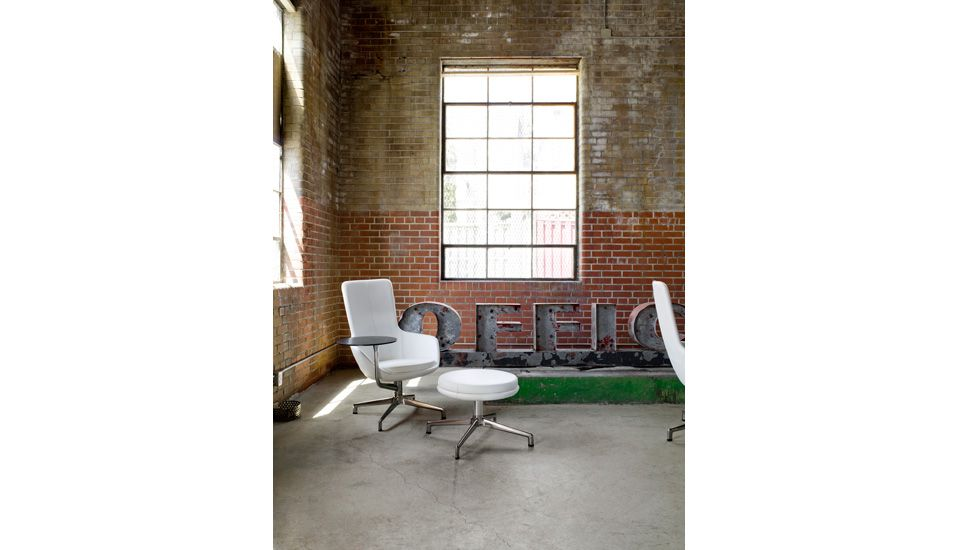 Juxta Keilhauer Bench Stool Furniture Table