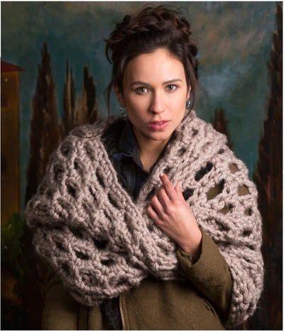 Back to Scotland Crochet Cowl crochet shrug cowl wrap free pattern hook yarn handmade craft DIY