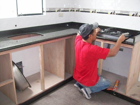 Cocinas de marmol cocinas empotradas marmol granito lima for Cocinas de marmol