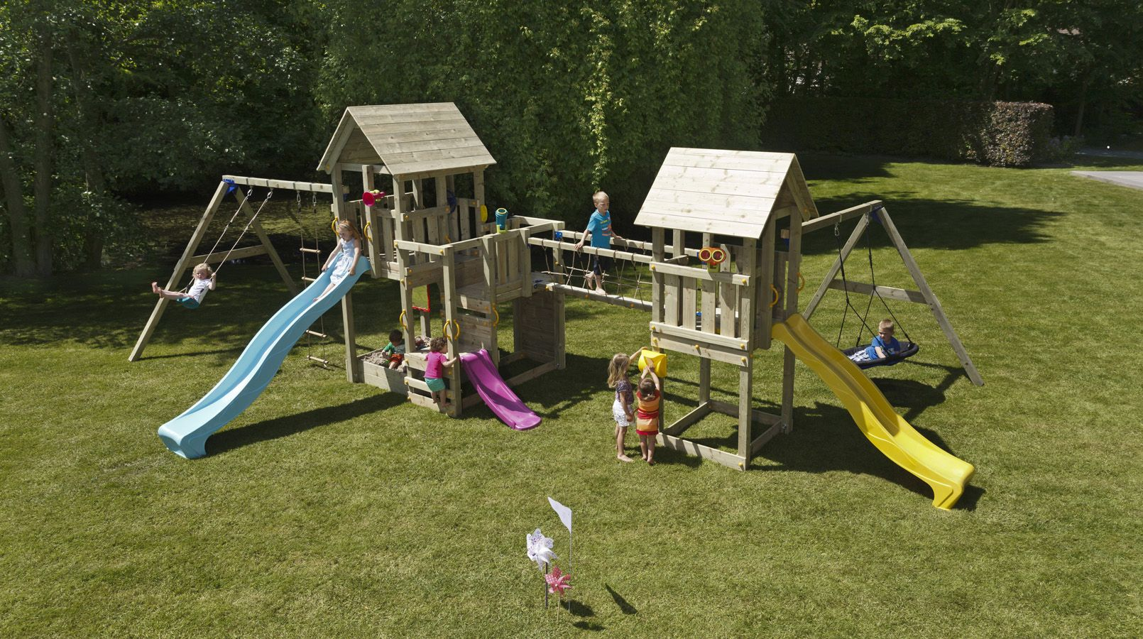 Treat the kids with garden swings, slides and climbing frames. Call ...