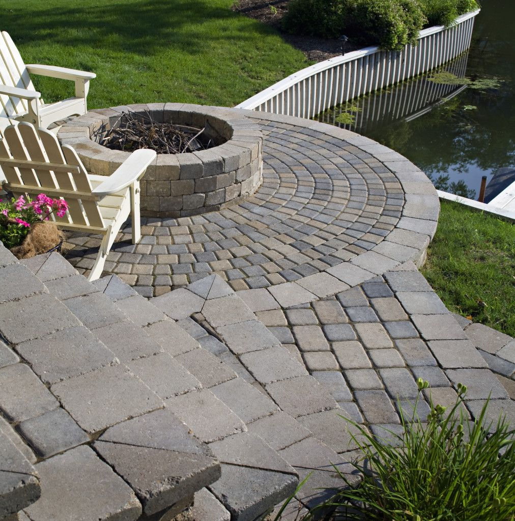 belgard cambridge pavers and weston wall used to build the fire
