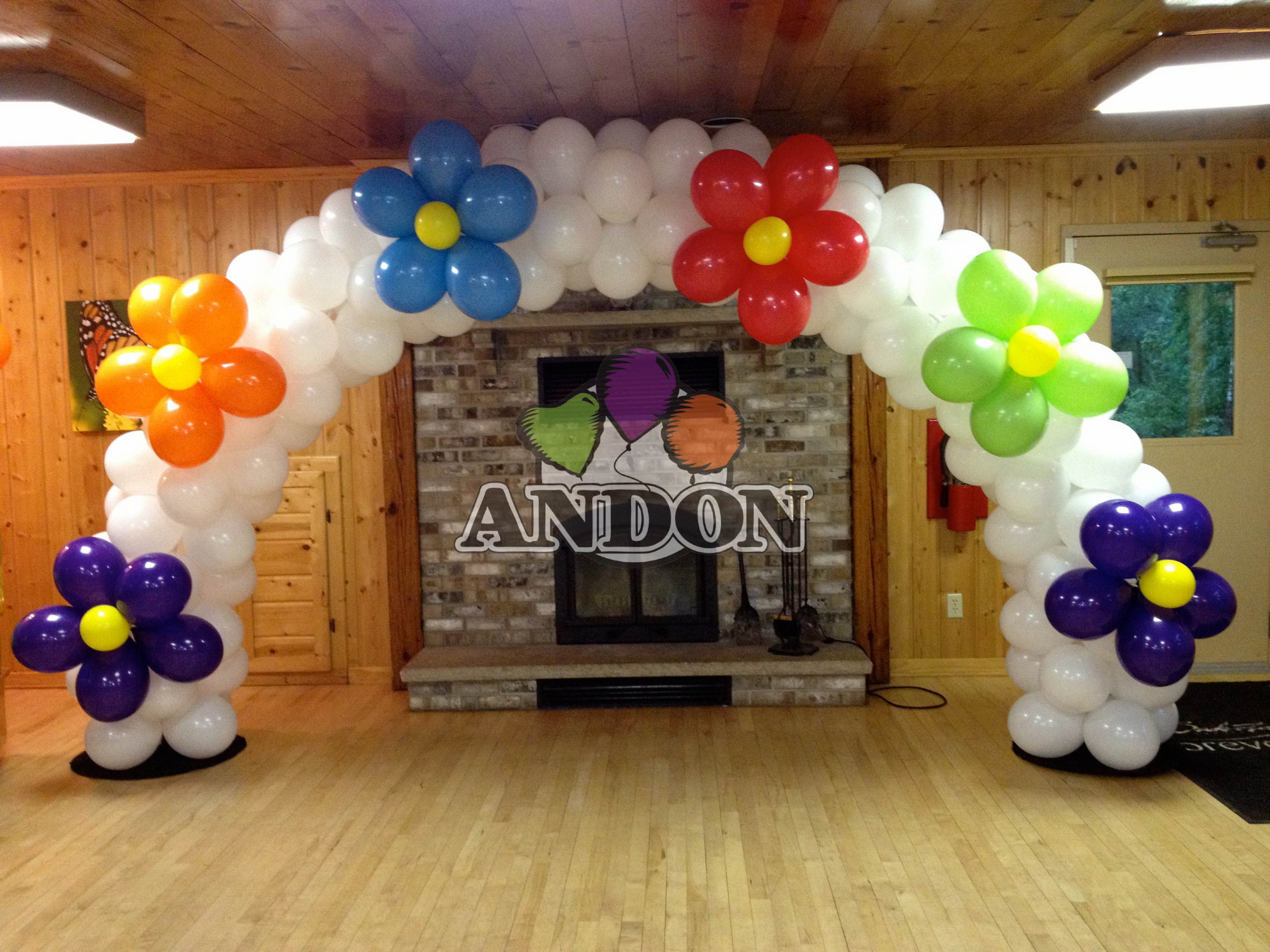 Pin von Andon Balloons & Signs auf Backdrops & Cake Tables