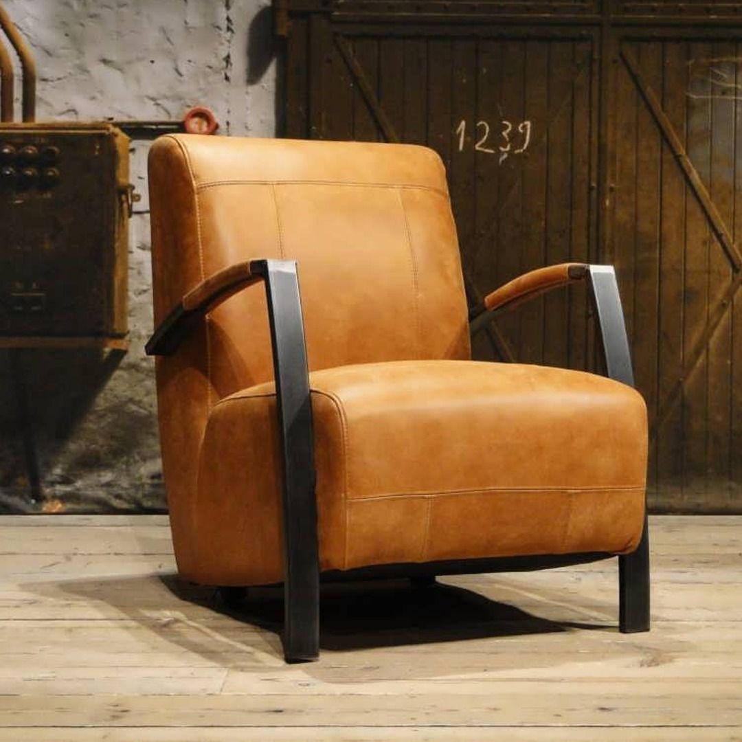 Fauteuil Geschuurd Leer.Basil Fauteuil Van Leer Of Stof Met Zeer Comfortabele Zit Chair