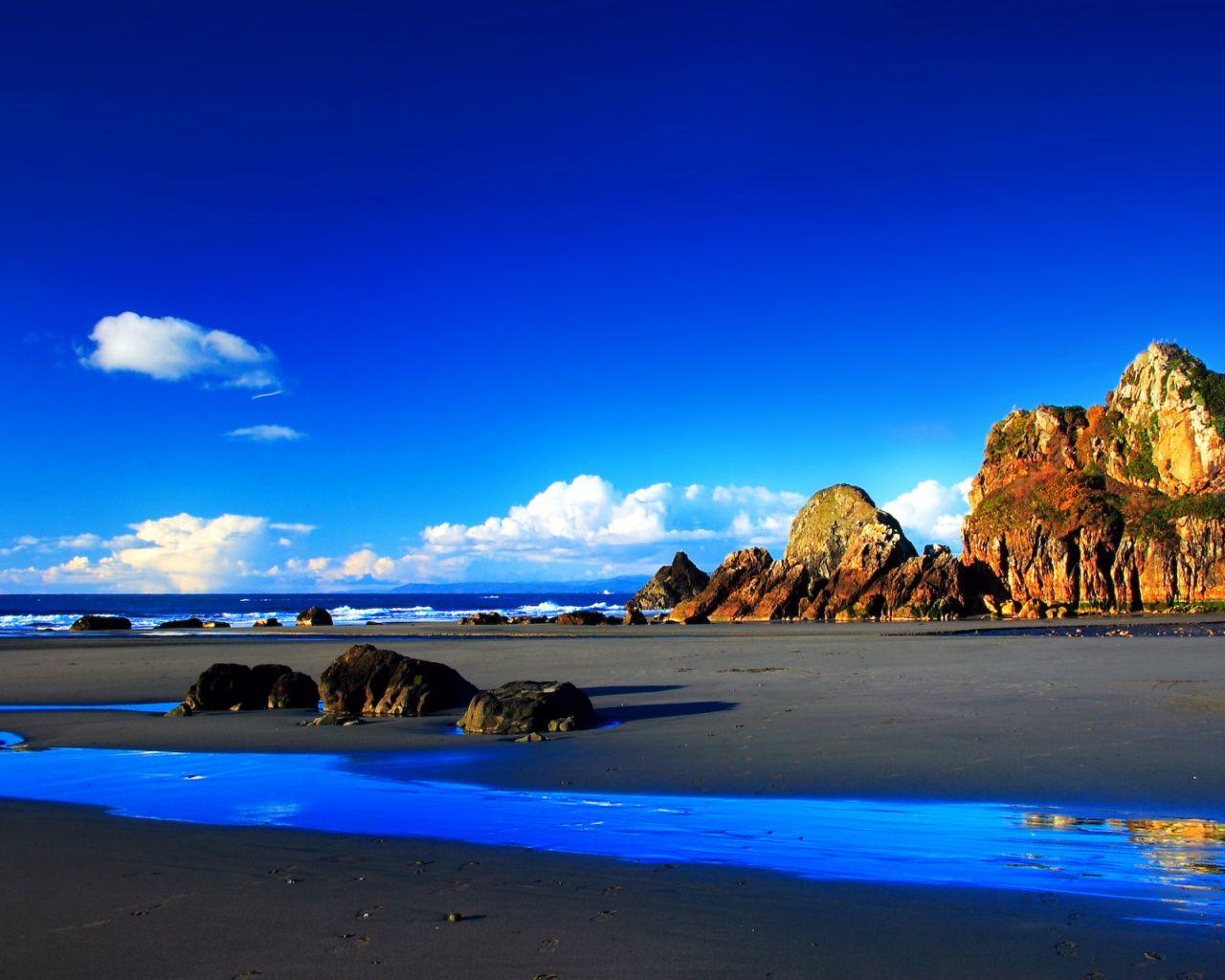 1280x1024 Deep Blue Sky Beach Scenery Scenery Wallpaper Scenery