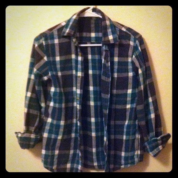 Blue/white/gray flannel ❤️ Flannel worn maybe 10x ! Arizona Jean Company Tops