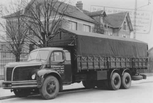 les camions d 39 autrefois camions pinterest vieux camions camion berliet et camionnette. Black Bedroom Furniture Sets. Home Design Ideas