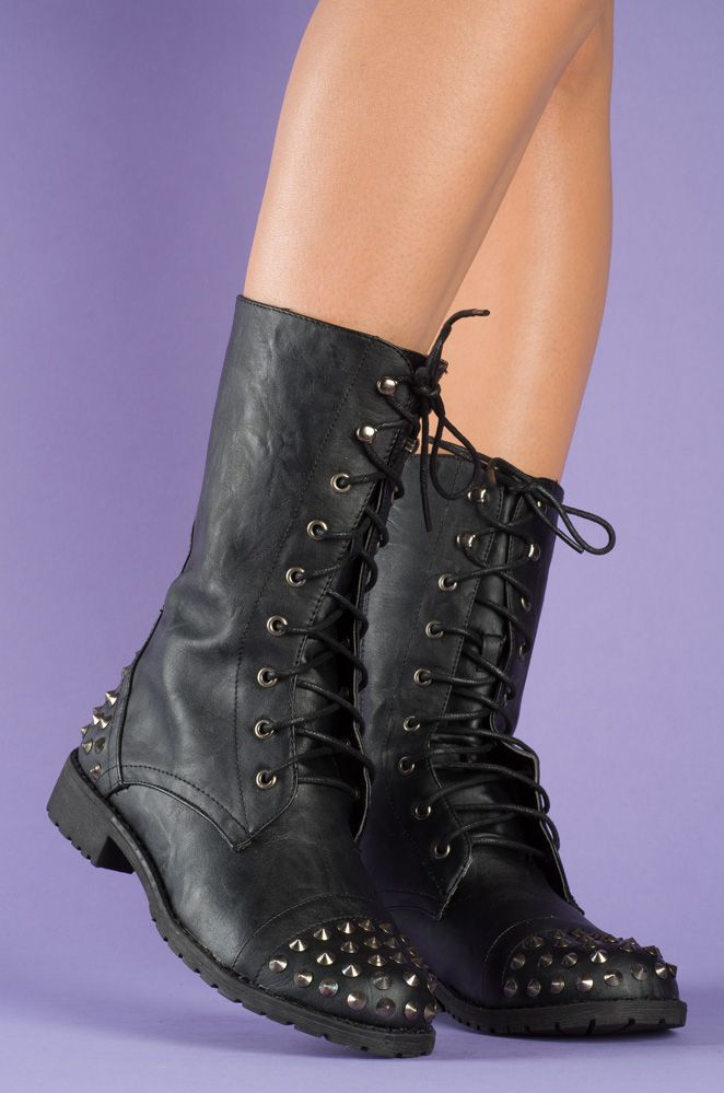 Girly Trooper – Black  YES and PLEASE!!