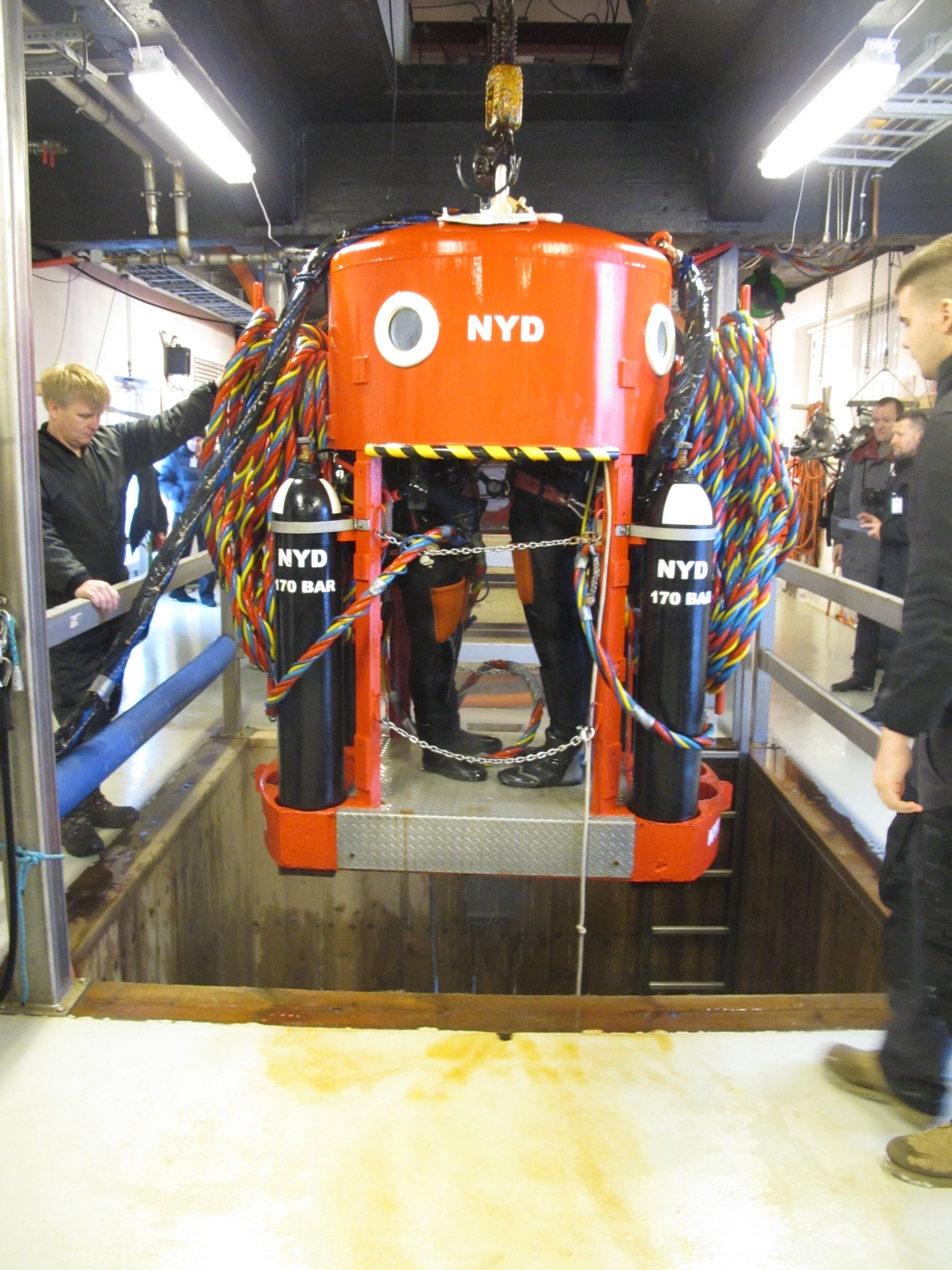 NYD - Wet Bell trainig   Diving some where in 2019   Diving