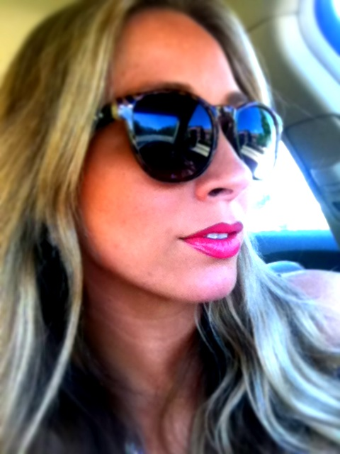 Try Summertime Bright Lipcolor