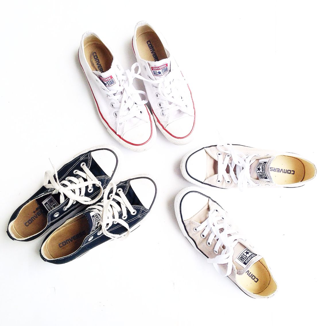 Converse. Flat lay. - Fashionably.fit   Fashion shoes, Sneaker ...