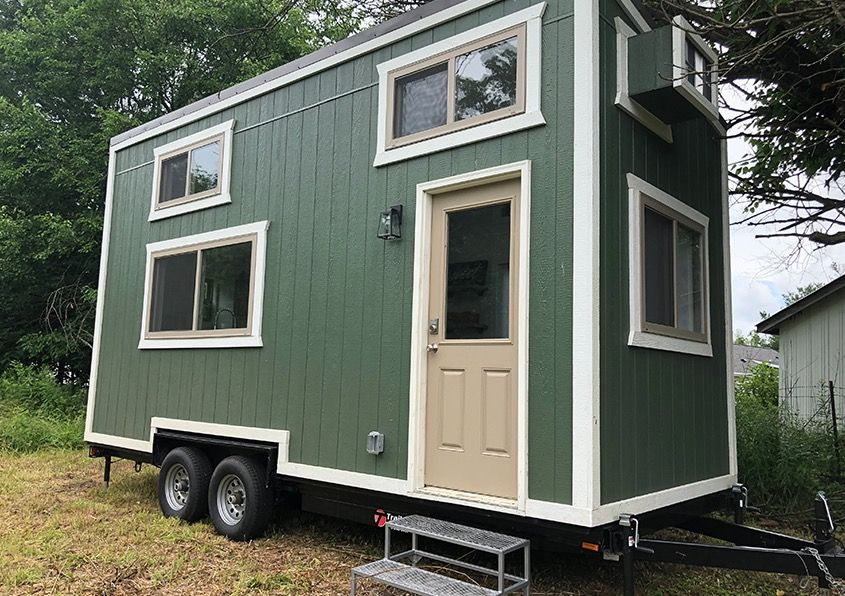 20ft Emerald Tiny House On Wheels For Sale In Zionsville Indiana 001 Tiny House On Wheels Tiny House Inspiration Tiny House Listings