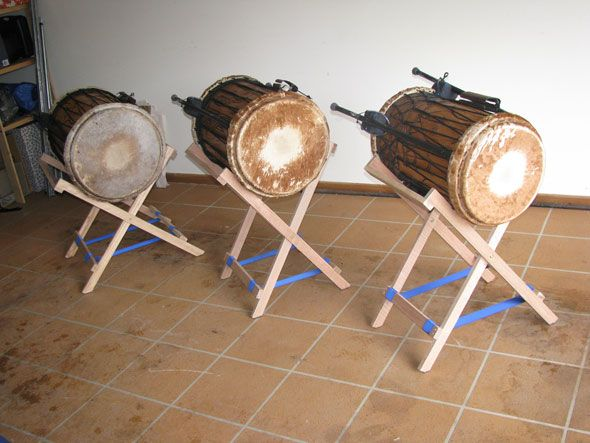 how to make your own dundun drum stands play that funky music pinterest drums and drummers. Black Bedroom Furniture Sets. Home Design Ideas