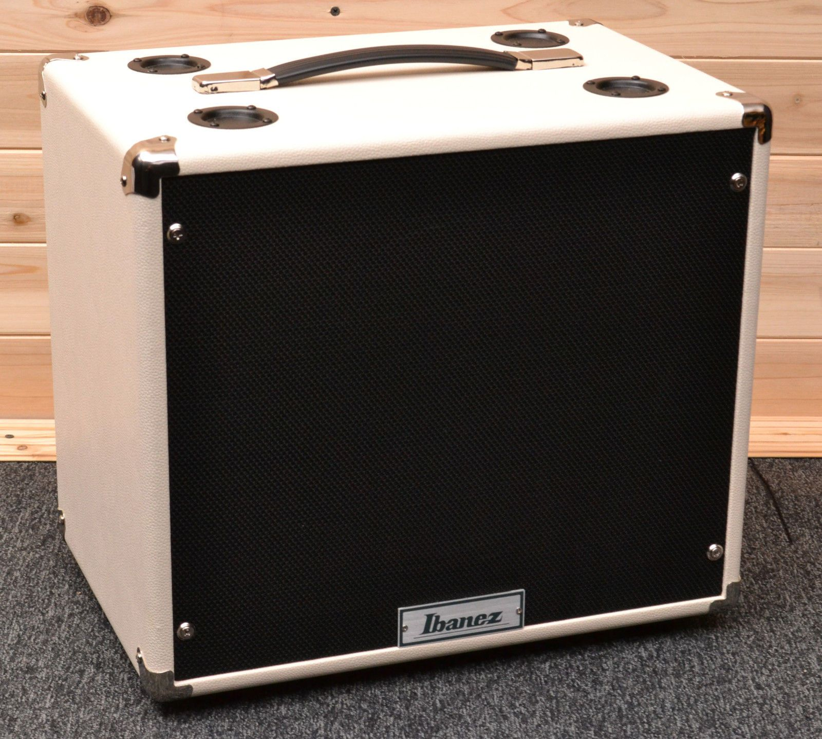 Ibanez Tsa112c Tube Screamer 80w 1x12 Guitar Amp Cabinet White Guitar Amp Diy Cabinets Guitar