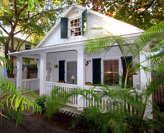 Pin By Jennifer Wedman On For The Home Conch House Island House Key West Cottage
