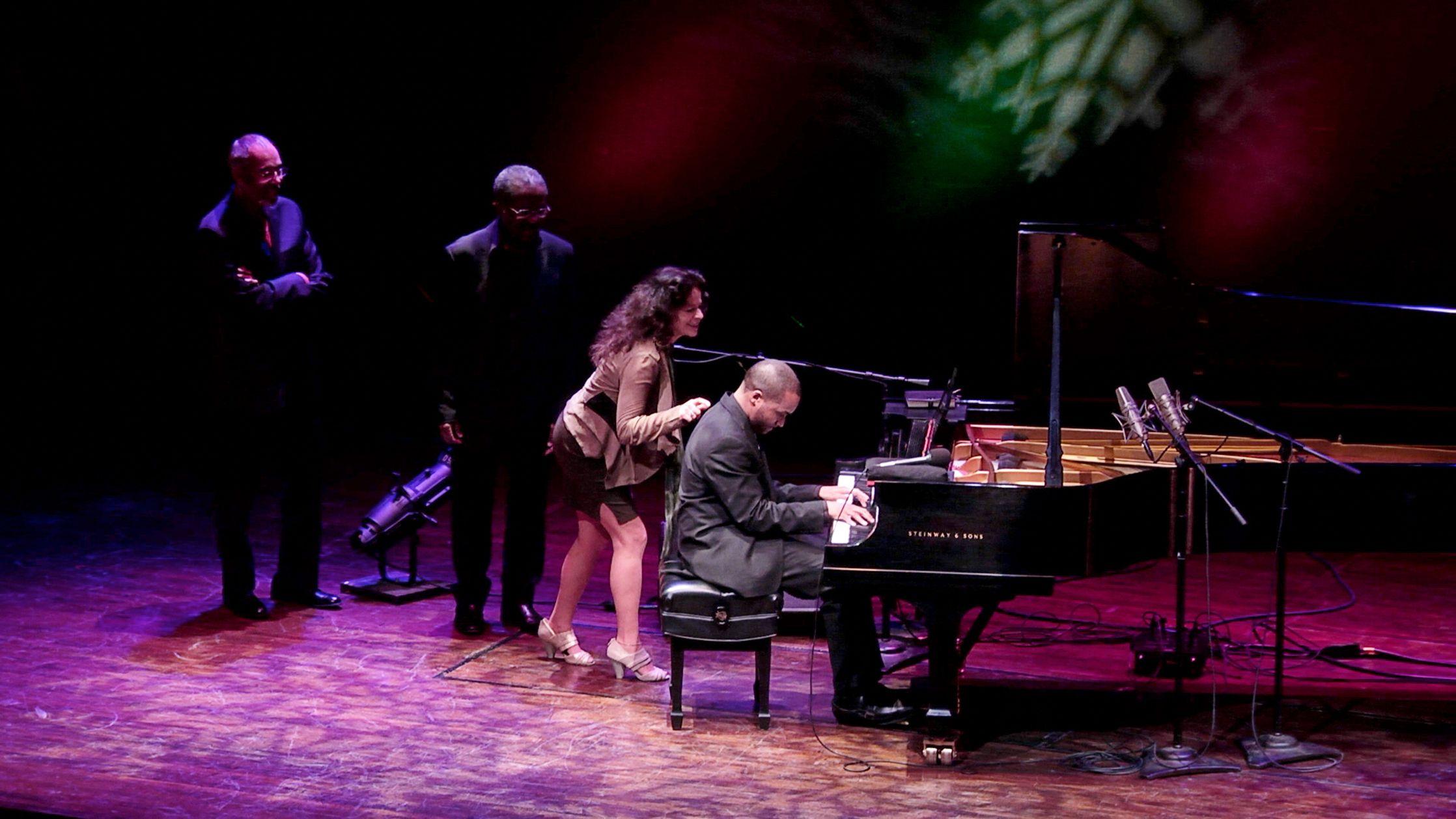 A Jazz Piano Christmas 2013 | Jazz and Pianos