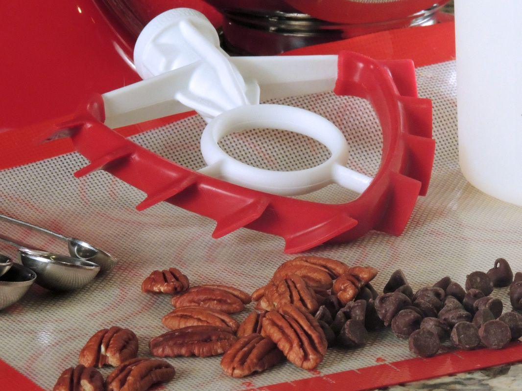 sideswipe spatula mixer blade is a replacement beater that improves