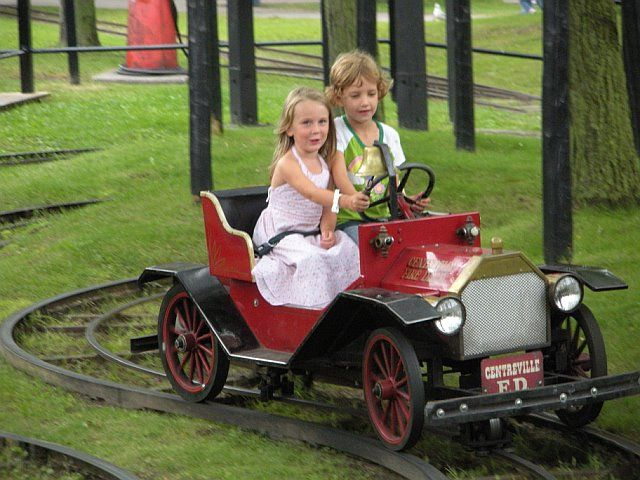 The 10 Best Things to Do With Kids in Toronto: Centre Island / Centreville Amusement Park