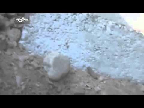 Сирия Сегодня! Жесть! Дамаск  танк САА выкуривает боевиков из окопов!!Эк...