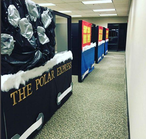 Office Christmas Decorating Ideas