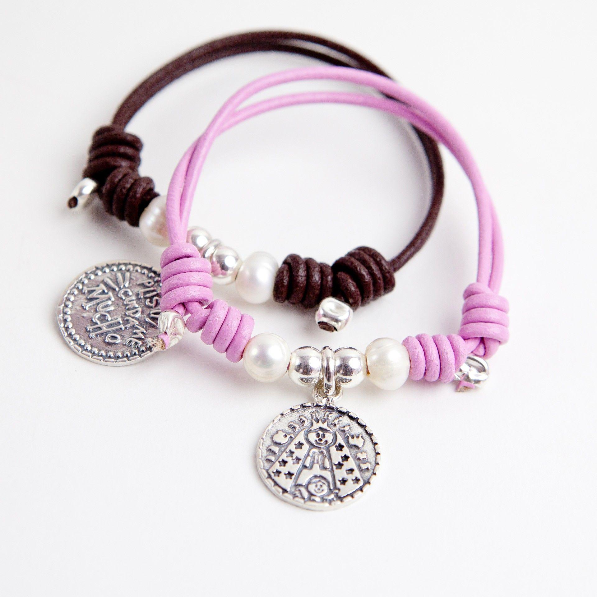 pulsera cuero con virgen plis y perlas