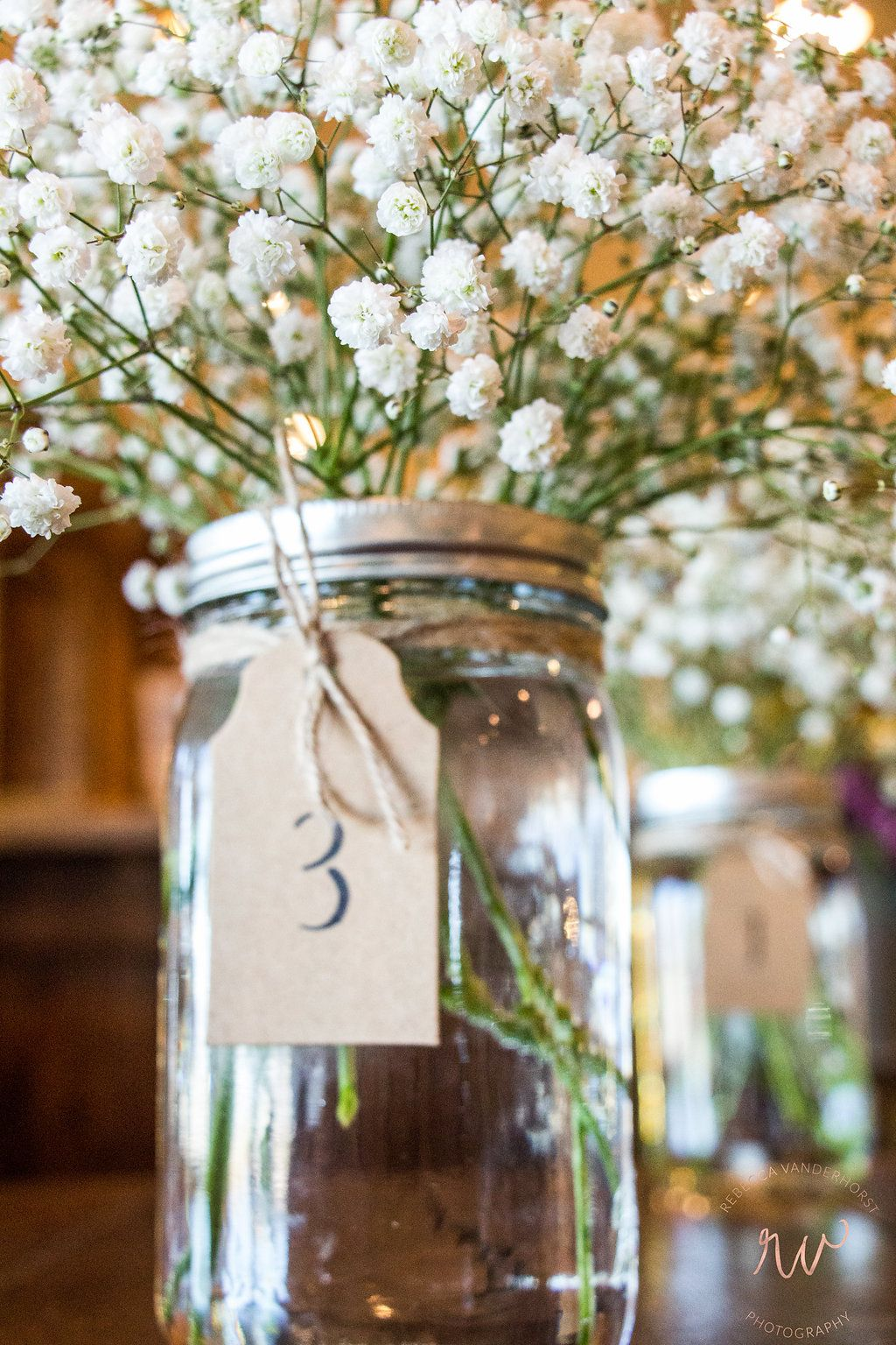 Simple Baby S Breath Table Arrangements Table Arrangements Flower Market Babys Breath