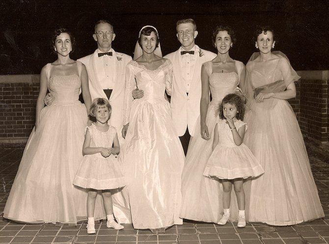 896099f4a87 1950s wedding party 1955 - bride