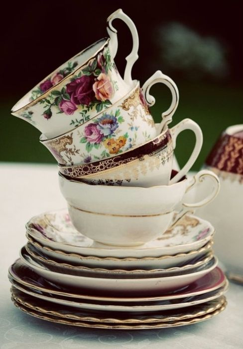 Pretty Teacups and saucers!
