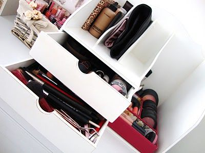 make up storage/organization