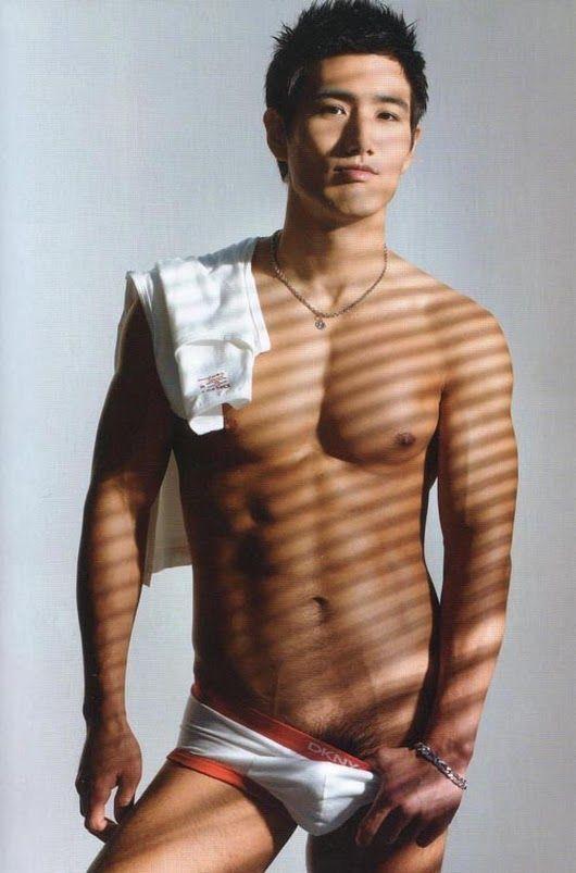 muscle Asian boy.models