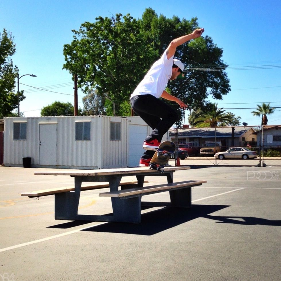 Nothing like a good session on an LA table!! Photo by
