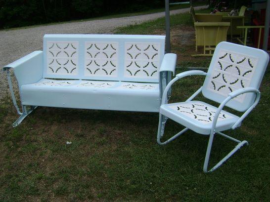 Old Metal Porch Gliders,Vintage Outdoor Patio cheap metal Porch Gliders,Vintage  Metal Lawn Chair,Metal Lawn Chair,Retro Patio Furniture And More. - Vintage Metal Porch Glider Set Rocking & Bounce Chairs Antique