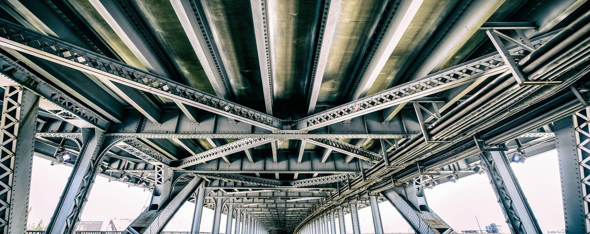 Overpass, steel trussing | Landmarks, Louvre, Steel